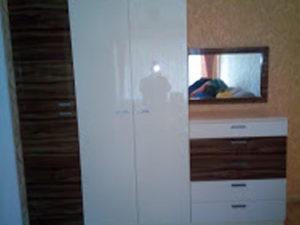 распашной шкаф с комодом